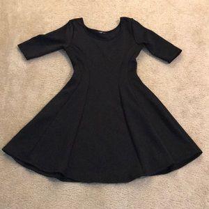 🧚♀️8/$24🧚♀️ Love J Size M Black Dress